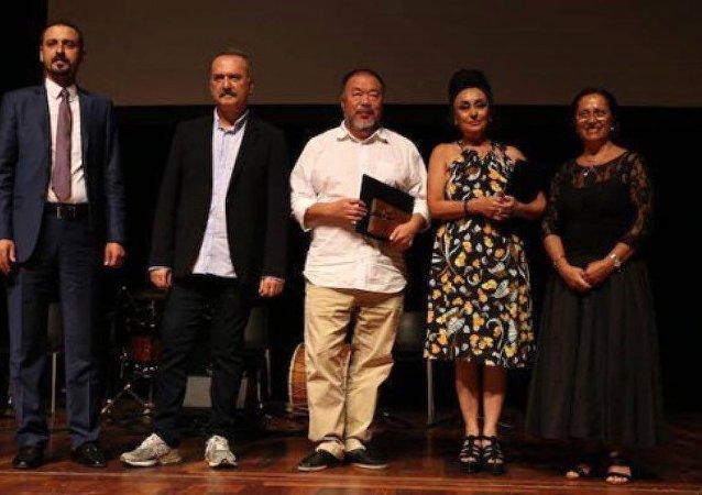 Uluslararası Hrant Dink Ödülleri - Eren Keskin, Ai Weiwei