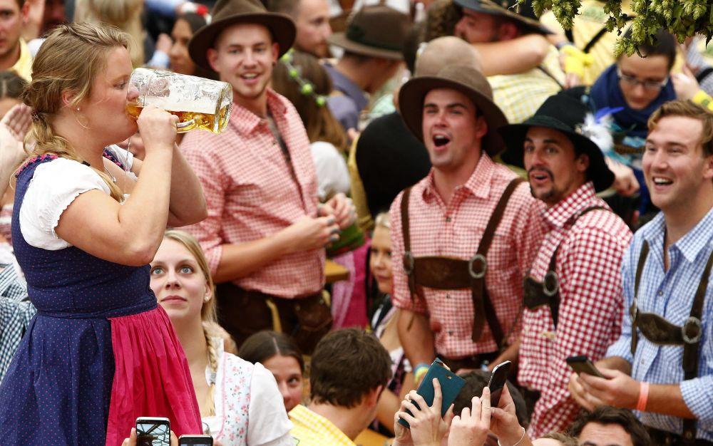 Münih'te Oktoberfest Şenliği