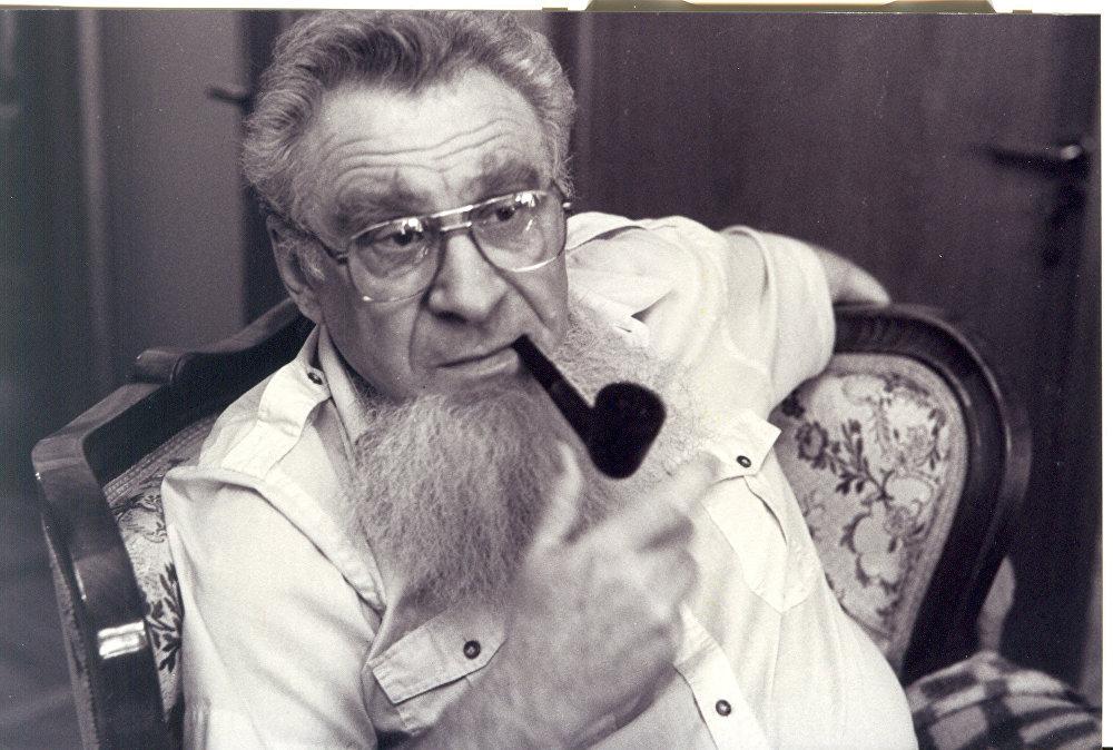 Sovyet ekonomist İgor Birman