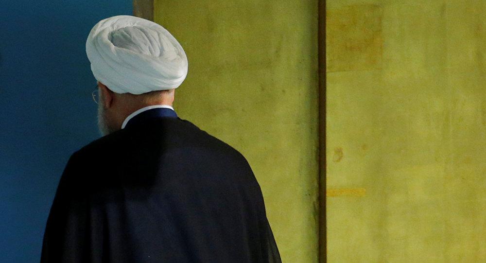 Trump Ruhani'den 8 kez görüşme talep etti