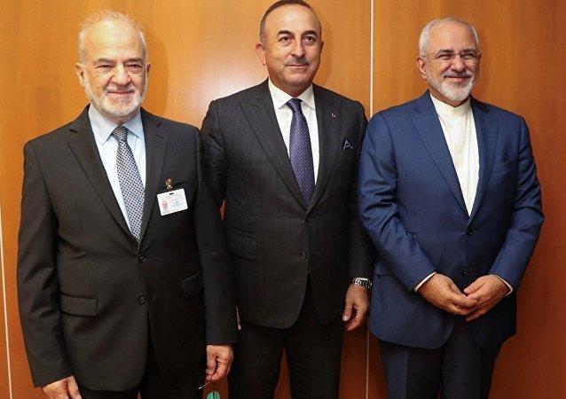 Dışişleri Bakanı Mevlüt Çavuşoğlu, İran Dışişleri Bakanı Cevad Zarif ve Irak Dışişleri Bakanı İbrahim el Caferi