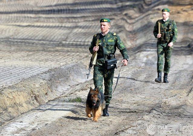 Ukrayna- sınır güvenlik birimleri-köpek