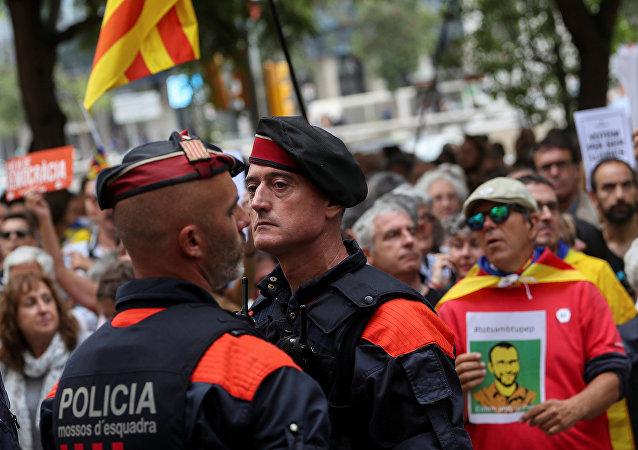 Katalonya'da güvenlik güçleri