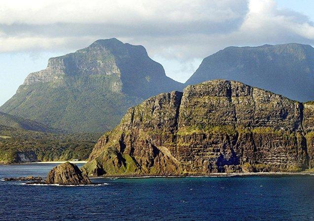 Zelandiya'nın bir parçası olan Lord Howe Adası