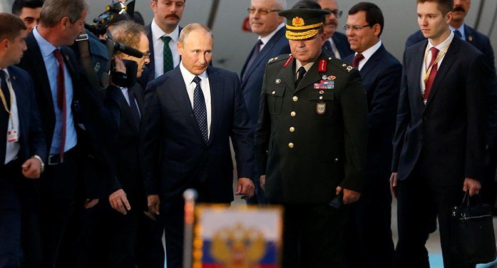 Putin Ankara'ya Geldi…