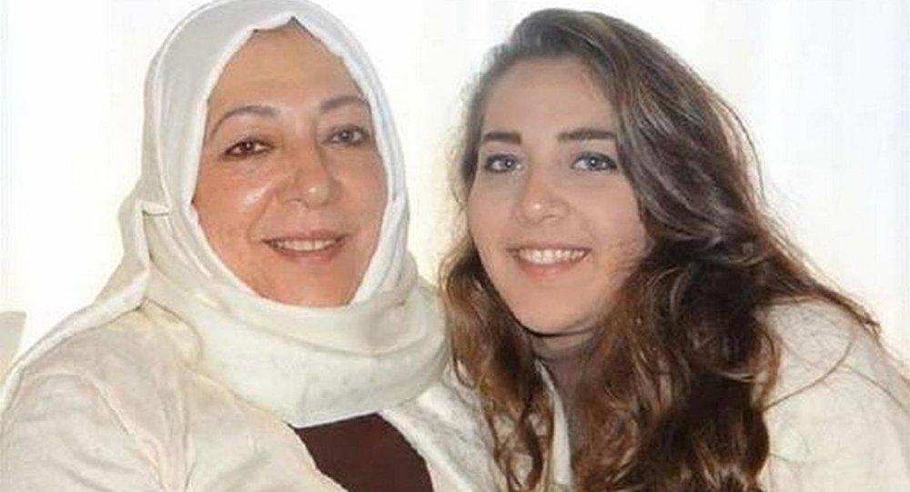 Suriyeli aktivist Orouba Bakarat ile gazeteci kızı Halla Barakat