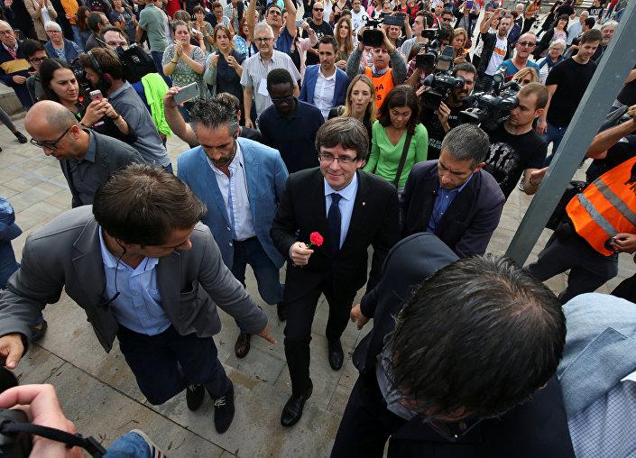 Katalonya lideri Carles Puigdemont