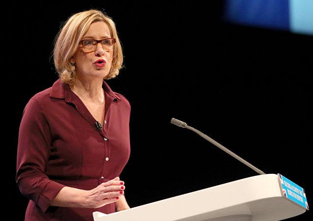 İngiltere İçişleri Bakanı Amber Rudd