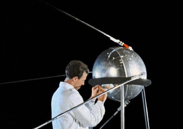 İlk yapay uydunun fırlatılışının 60. yıldönümü