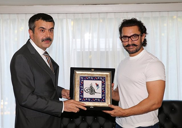 MEB Müsteşarı Yusuf Tekin ile Aamir Khan