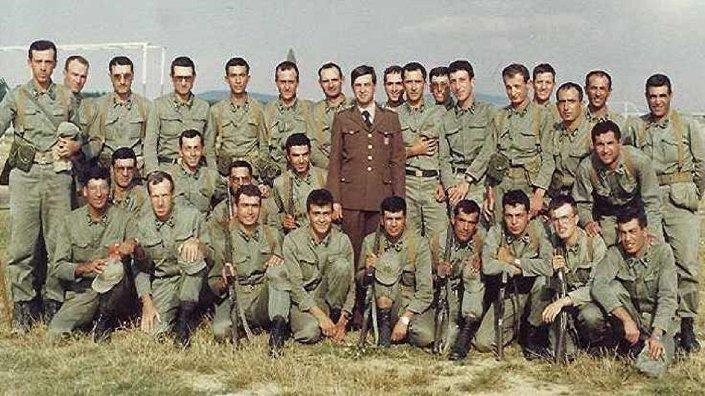 Erdoğan'ın yedek subaylık fotoğrafı 1982 Tuzla