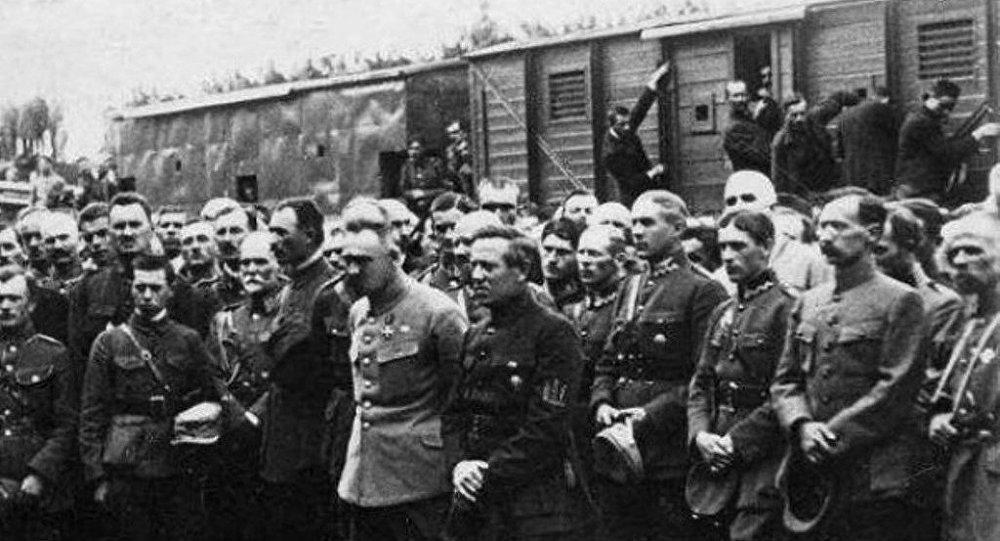 Binlerce Yahudi'nin pogromlarda öldürülmesinden sorumlu Simon Petlyura