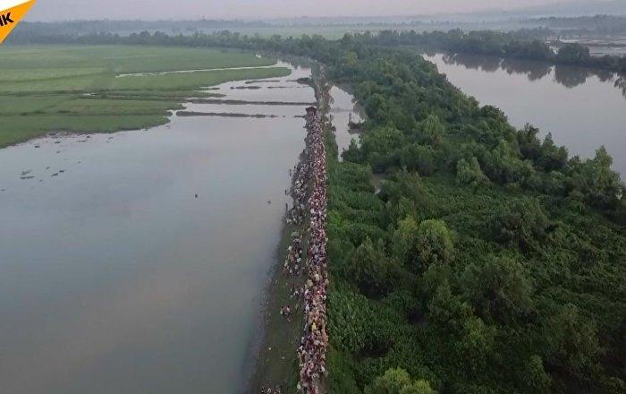 Myanmar'dan kaçan Arakanlılar'ın sayısı 582 bine ulaştı