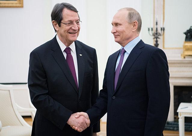 Rusya Devlet Başkanı Vladimir Putin ve Kıbrıs Cumhurbaşkanı Nikos Anastasiadis