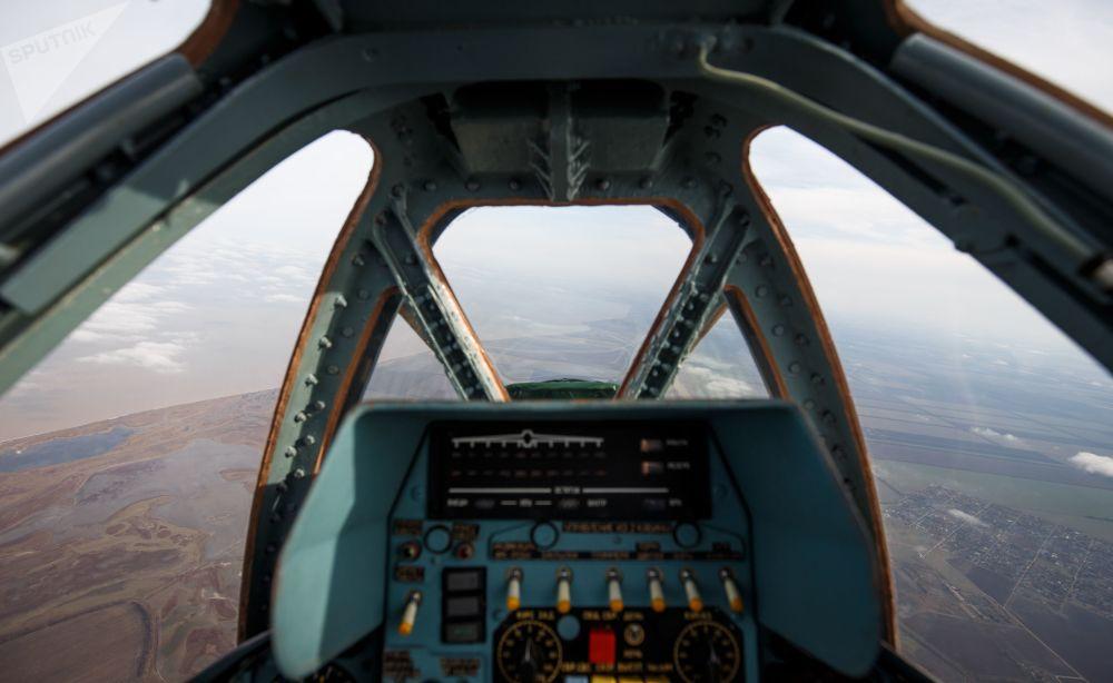 Su-25 taarruz uçakları pilotlarının  uçuş eğitimi