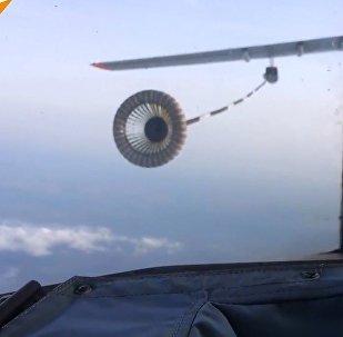 Su-34 ve İl-78 uçaklarından havada yakıt ikmali