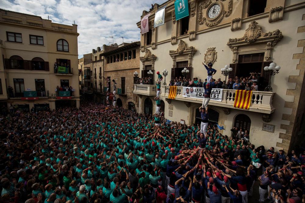 Katalonya'da İnsan Kuleleri Festivali