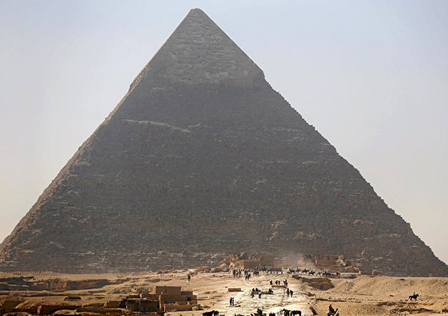 Büyük Piramit (Keops Piramidi)