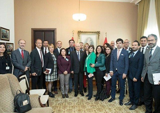 MHP lideri Devlet Bahçeli gazetecilerle