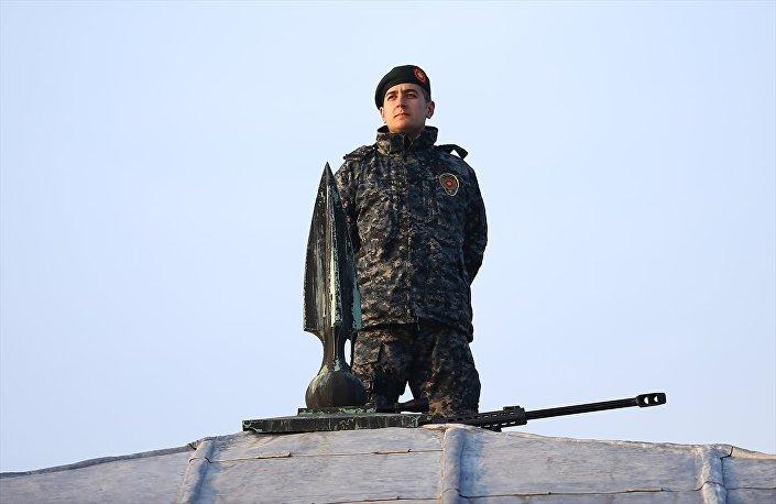 Cumhurbaşkanlığı korumalarının, özel olarak üretilen kamuflajları ilk kez Anıtkabir'deki Atatürk'ü anma töreninde kullanıldı.