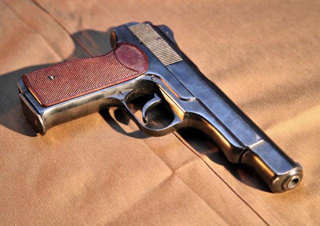 Dipçikli silah (APS)