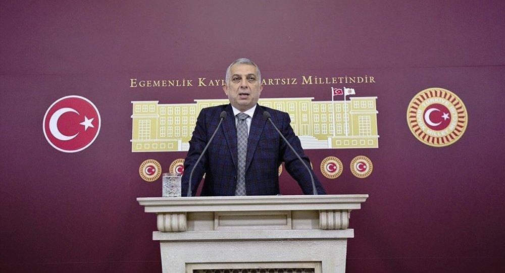 AK Parti İstanbul Milletvekili Metin Külünk