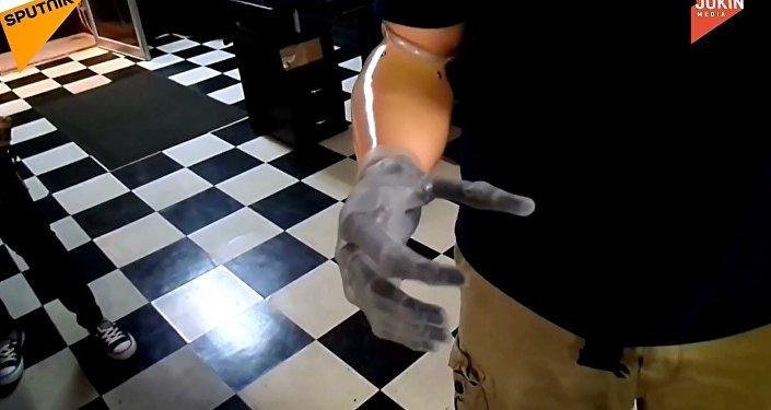 Kolu olmayanlar için çare: yapay robot kol