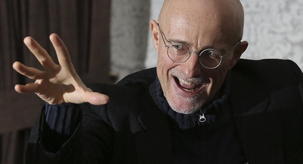 Profesör Sergio Canavero
