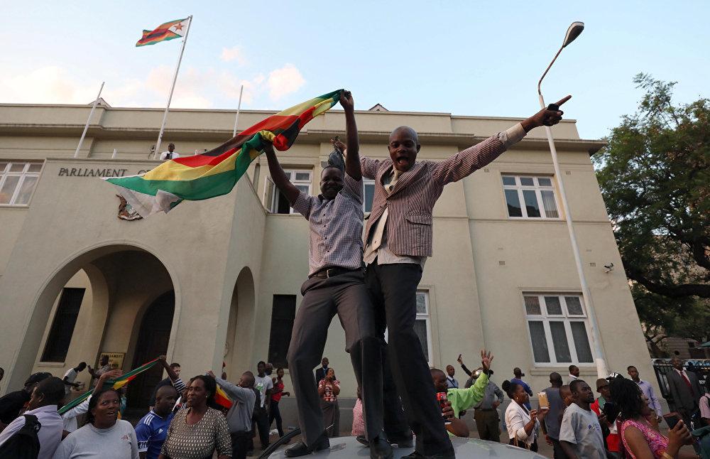 Mugabe - İstifa