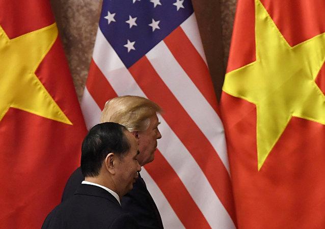 ABD Başkanı Donald Trump-Vietnam Devlet Başkanı Tran Dai Quang