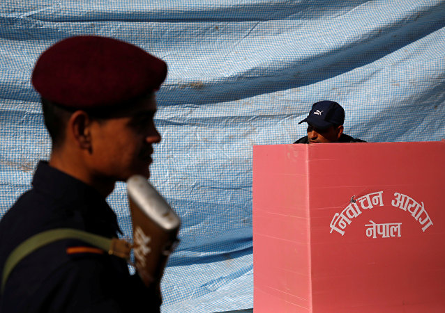 Nepal'da, 11 yıl sonra ilk kez genel seçim yapıldı