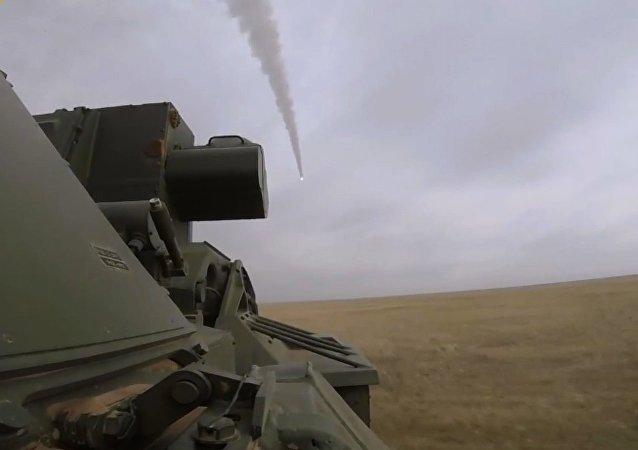 Rusya'dan Tor-M2 sistemiyle test atışları