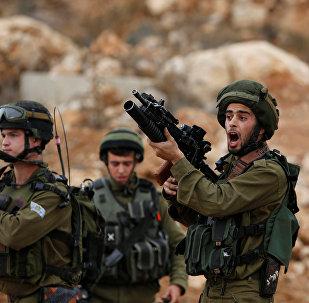 israil askerleri