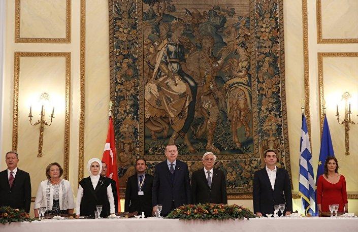 Cumhurbaşkanı Recep Tayyip Erdoğan- Yunanistan Cumhurbaşkanı Prokopis Pavlopulos- Yunanistan Başbakanı Aleksis Çipras