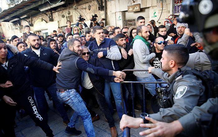 Kudüs, Batı Şeria ve Gazze'de çatışma  200'den fazla yaralı, 1 ölü