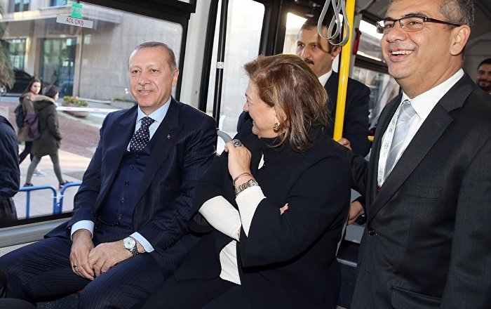 Cumhurbaşkanı Erdoğan yerli otobüsle yolculuk yaptı