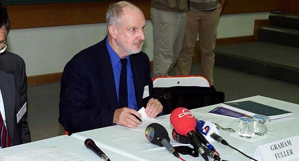 Eski CIA yetkilisi Graham Fuller