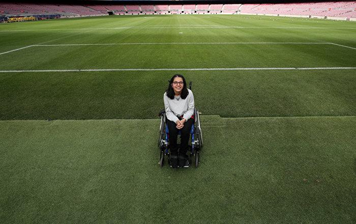 Barcelona beyin felci hastası Suriyeli kızın hayallerini gerçekleştirdi