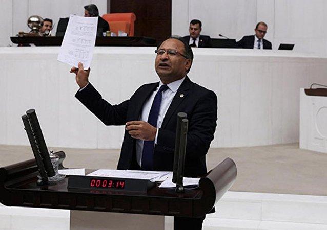 CHP İzmir Milletvekili Özcan Purçu
