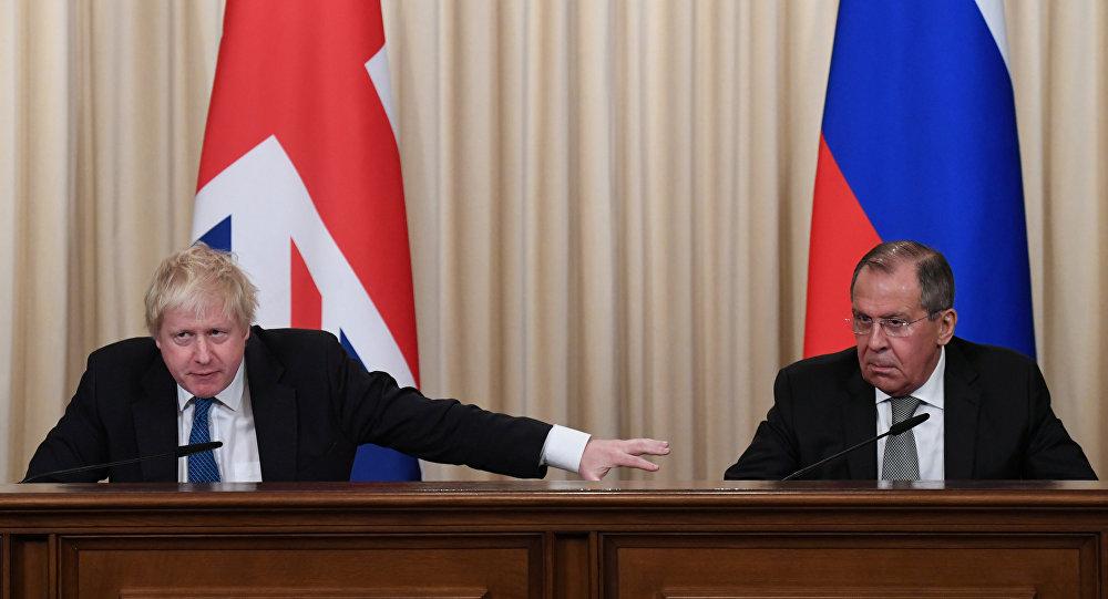 İngiltere Dışişleri Bakanı Boris Johnson ile Rus mevkidaşı Sergey Lavrov