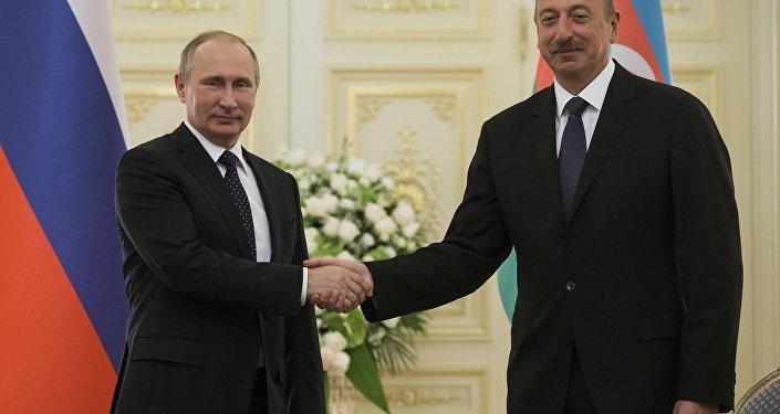 Rusya ve Azerbaycan ticaretini Manat ve Ruble ile yapacak