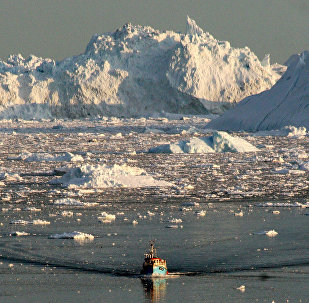 Grönland buzullar eriyor