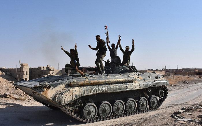 Suriye ordusu ABD üssünü ablukaya aldı