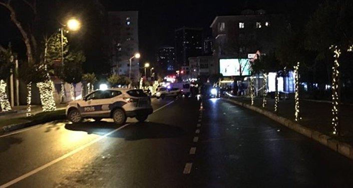 Beşiktaş'ta şüpheli çanta patlatıldı