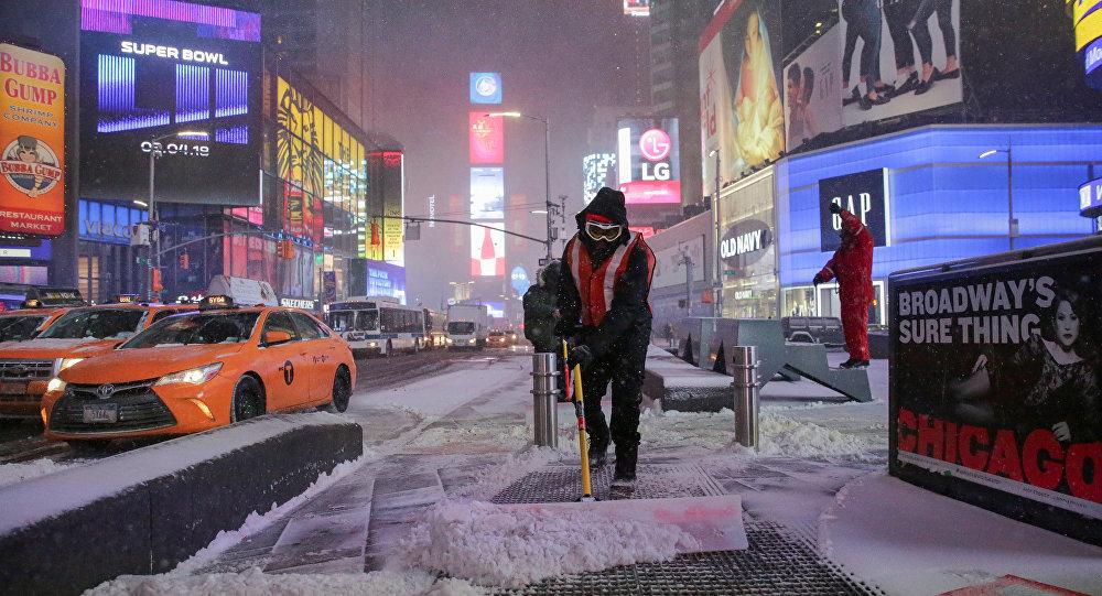 Manhattan Times Meydanı kar