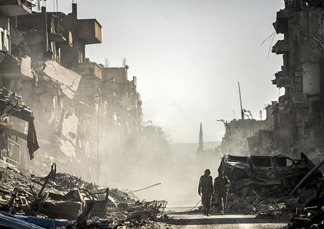 Suriyede son 24 saat içinde 160tan fazla sivil evine döndü