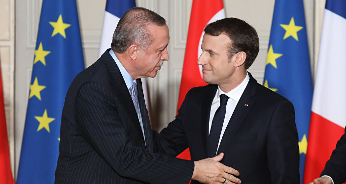 Erdoğan Macron Paris