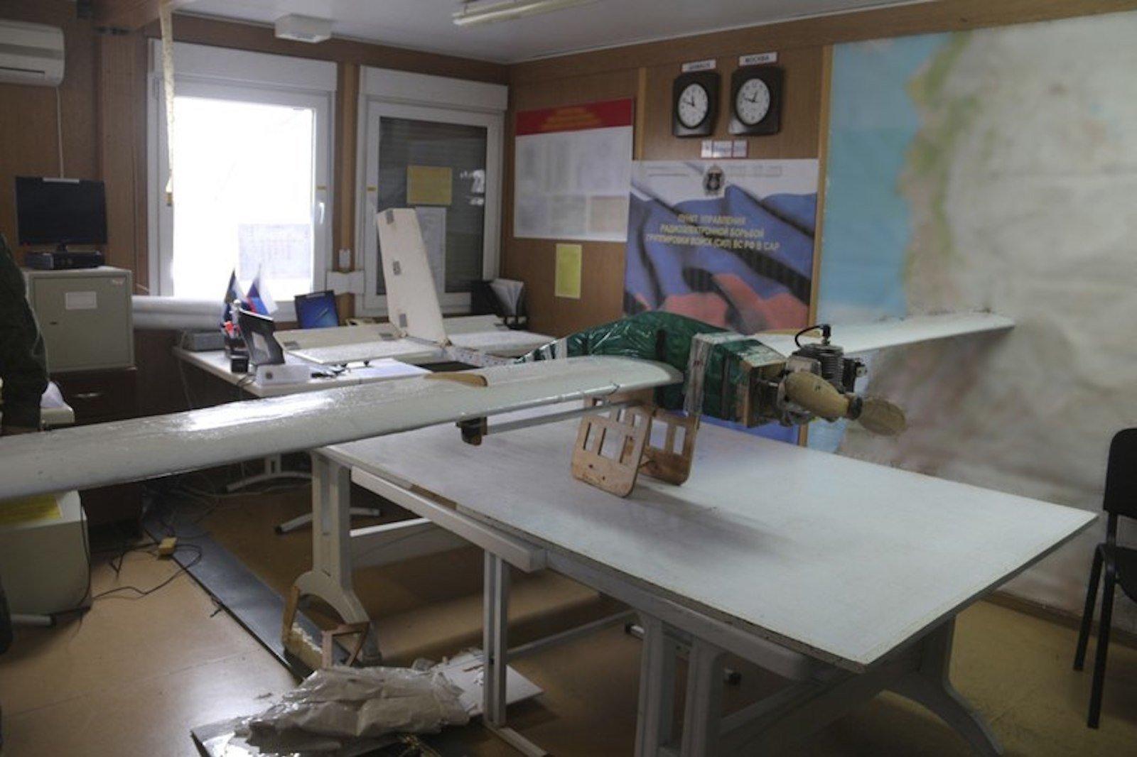 Hmeymim ve Tartus'taki-saldırılarda kullanılan İHA'ların görüntüleri yakalandı