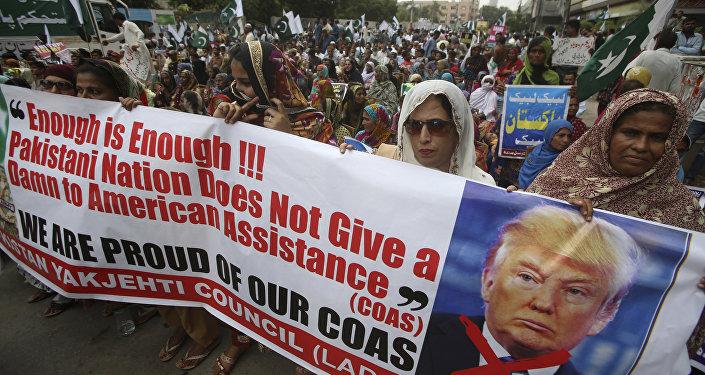 ABD Başkanı Donald Trump'ın açıklamaları Pakistan'da protesto edildi