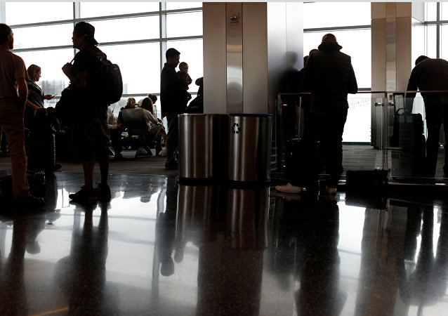 Havalimanı- Yolcu- Uçak- Seyahat- Yolculuk